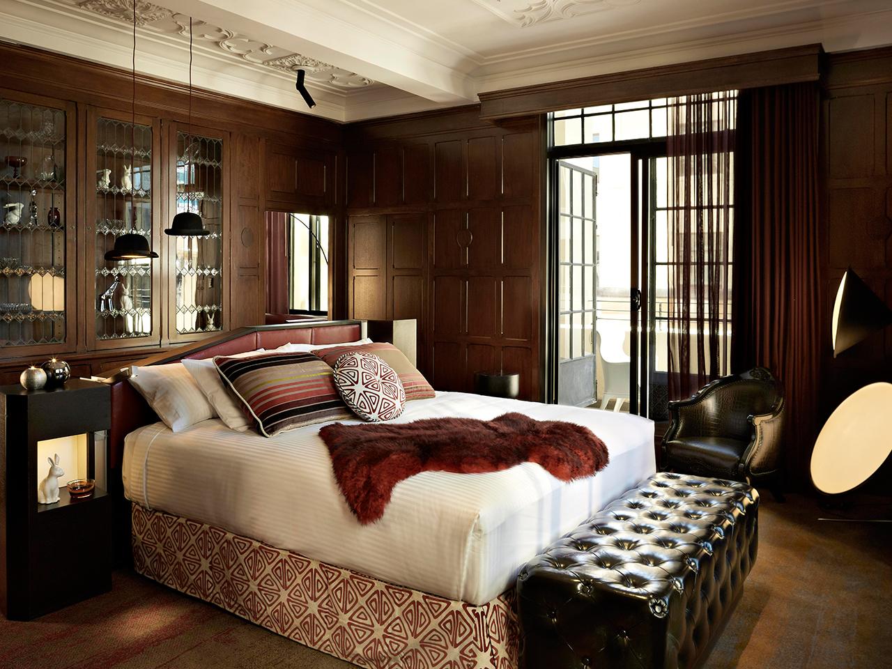 Unique Sleeps: Old Meets New at QT  Hotel, Sydney