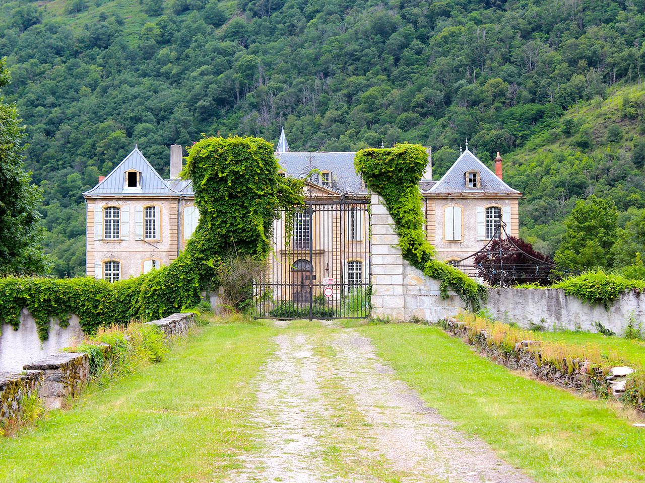Blog to Watch: Chateau De Gudanes