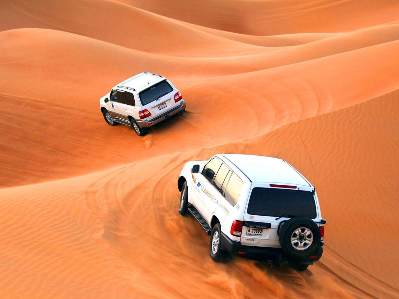 Jeeps desert Dubai tour
