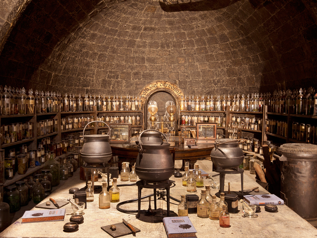 Behind the Scenes: The magical world of Harry Potter