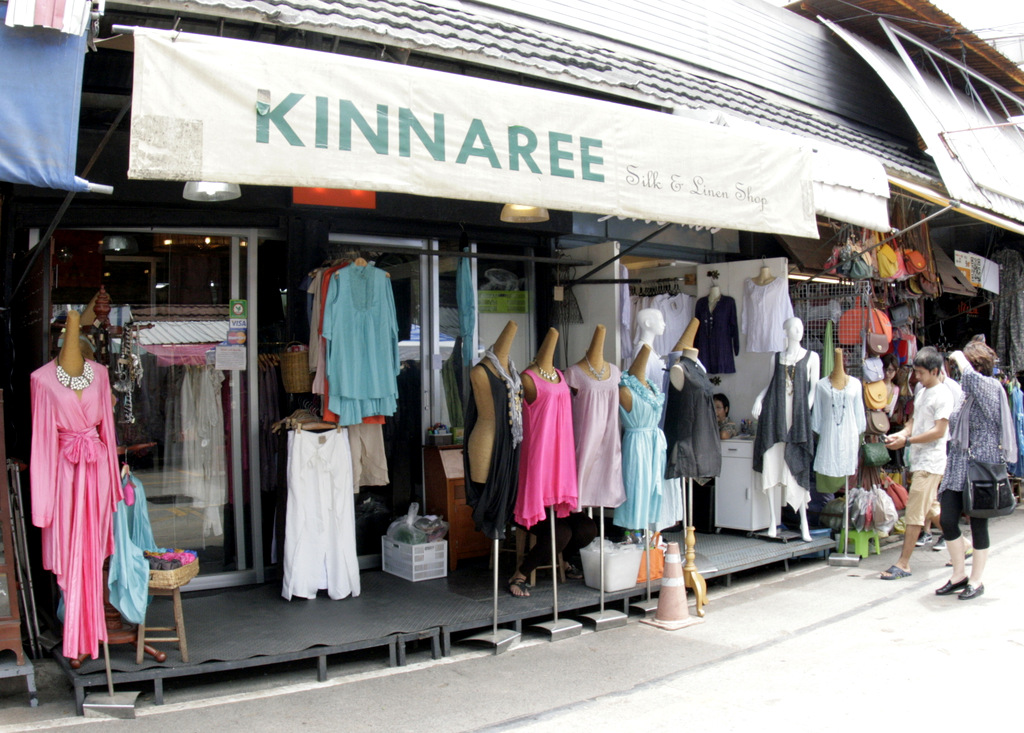 Kinnaree Silk and Linen, Bangkok