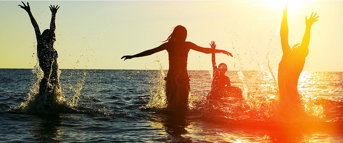 happy-swimming
