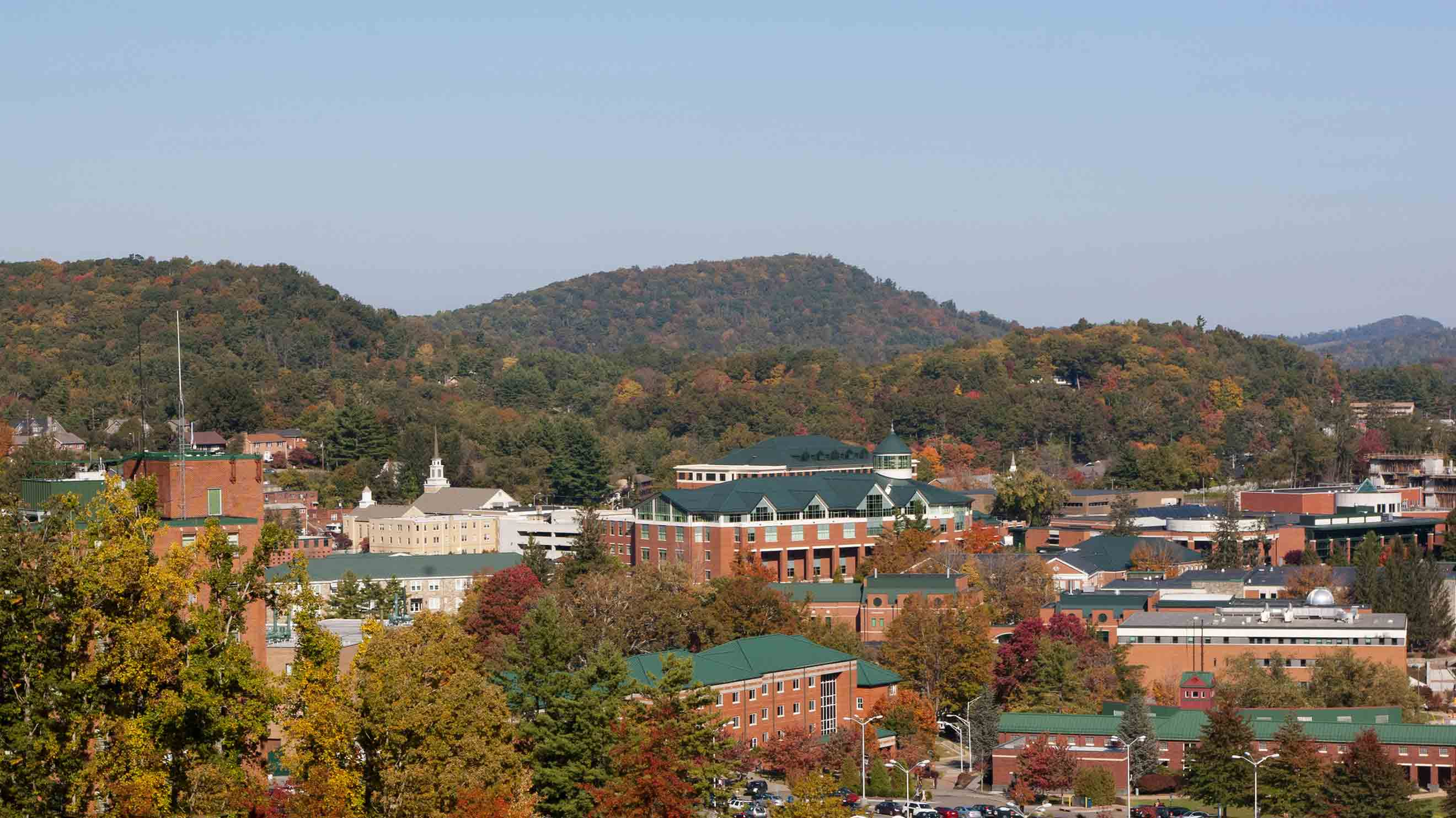 10 Best Hotels Closest to Appalachian State University in Boone for ...