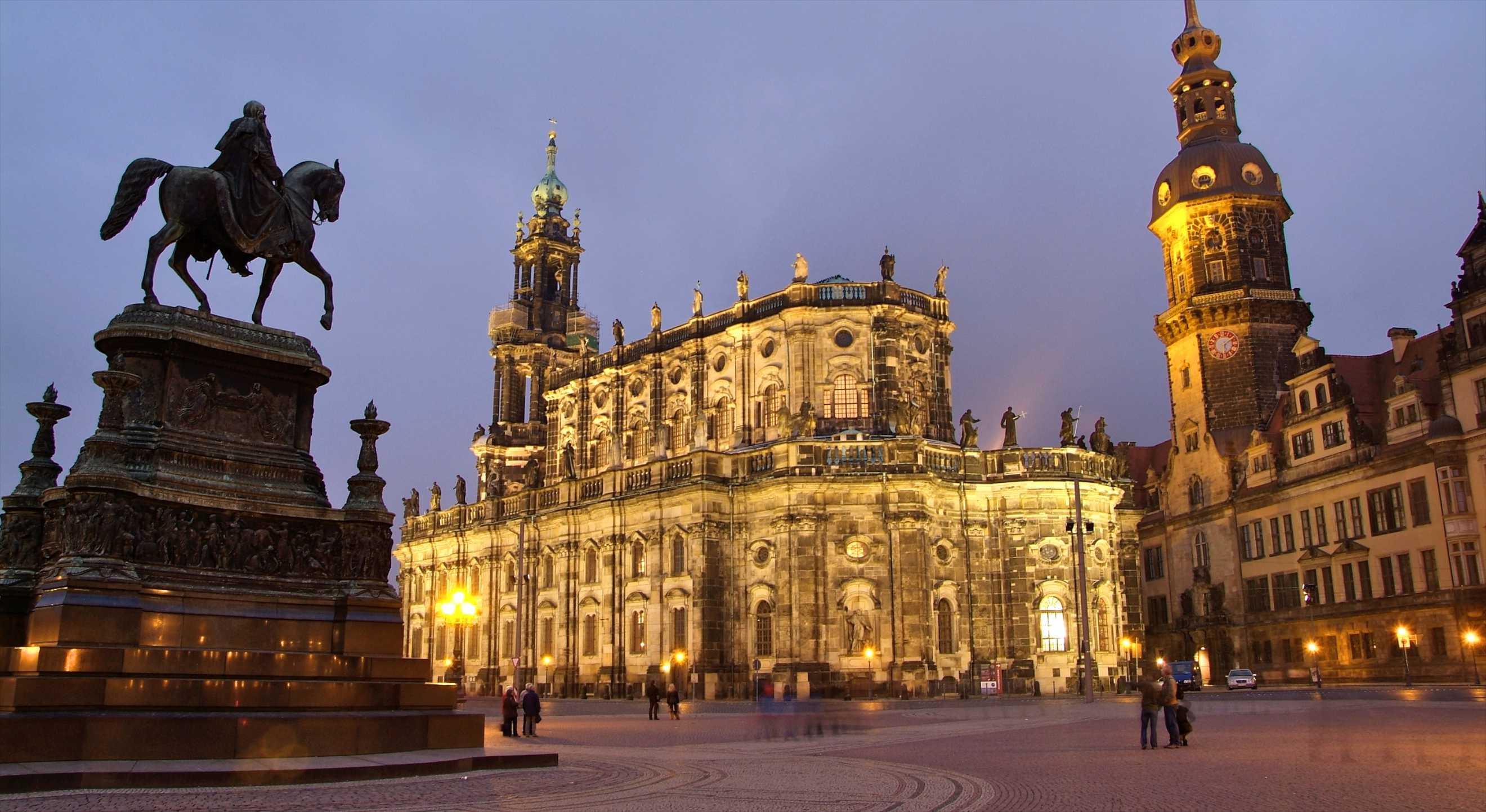 Hotel Dresden Gunstig Buchen Hotels Expedia De