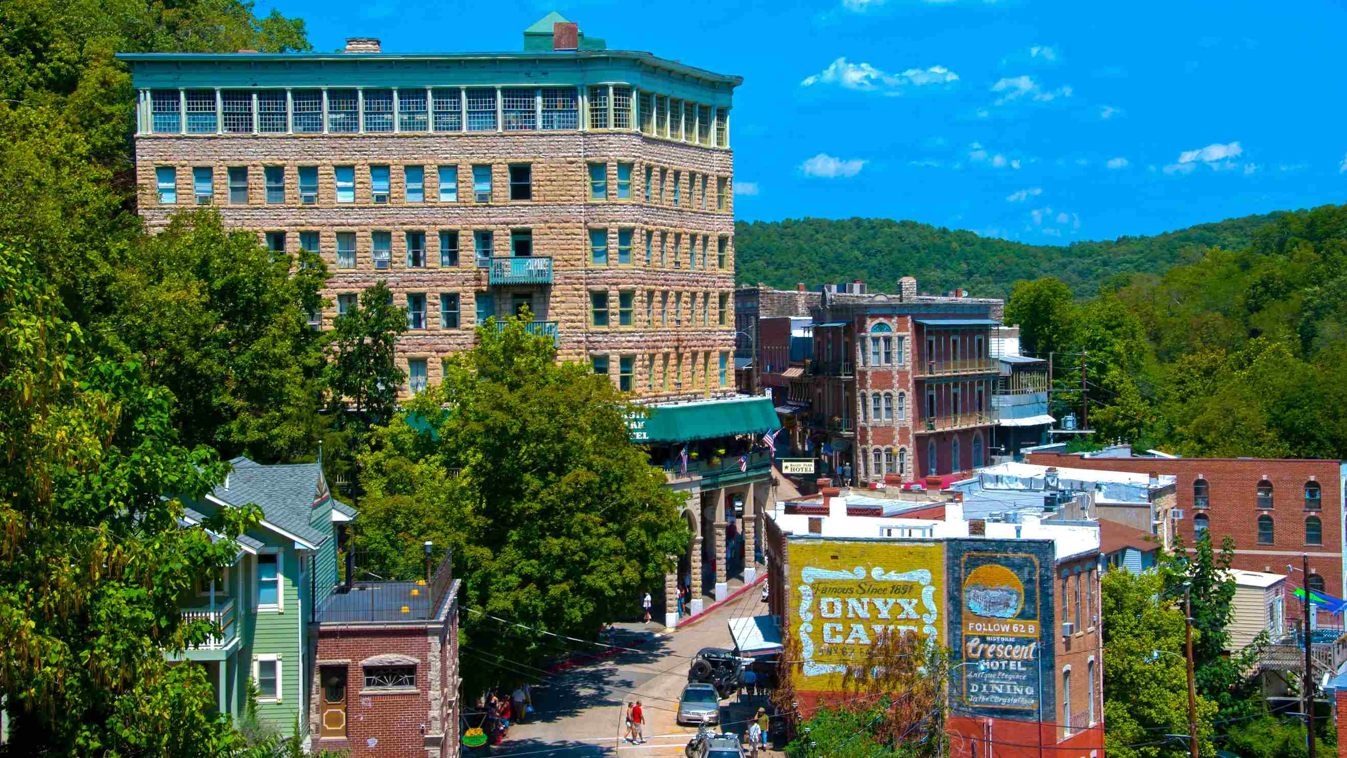 Top 10 Eureka Springs Hotels In Bentonville Fayetteville 76 Hotel Deals On Expedia