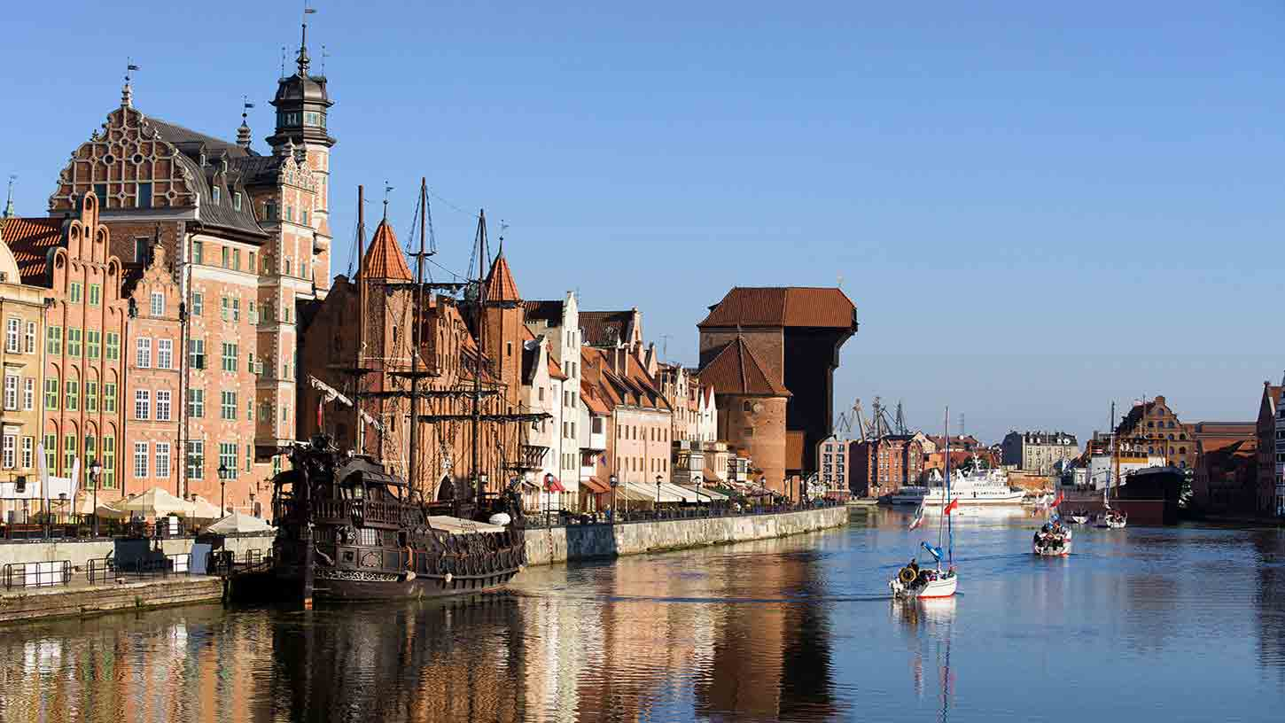 Cheap flights to Poland  Airline Tickets  lotcom