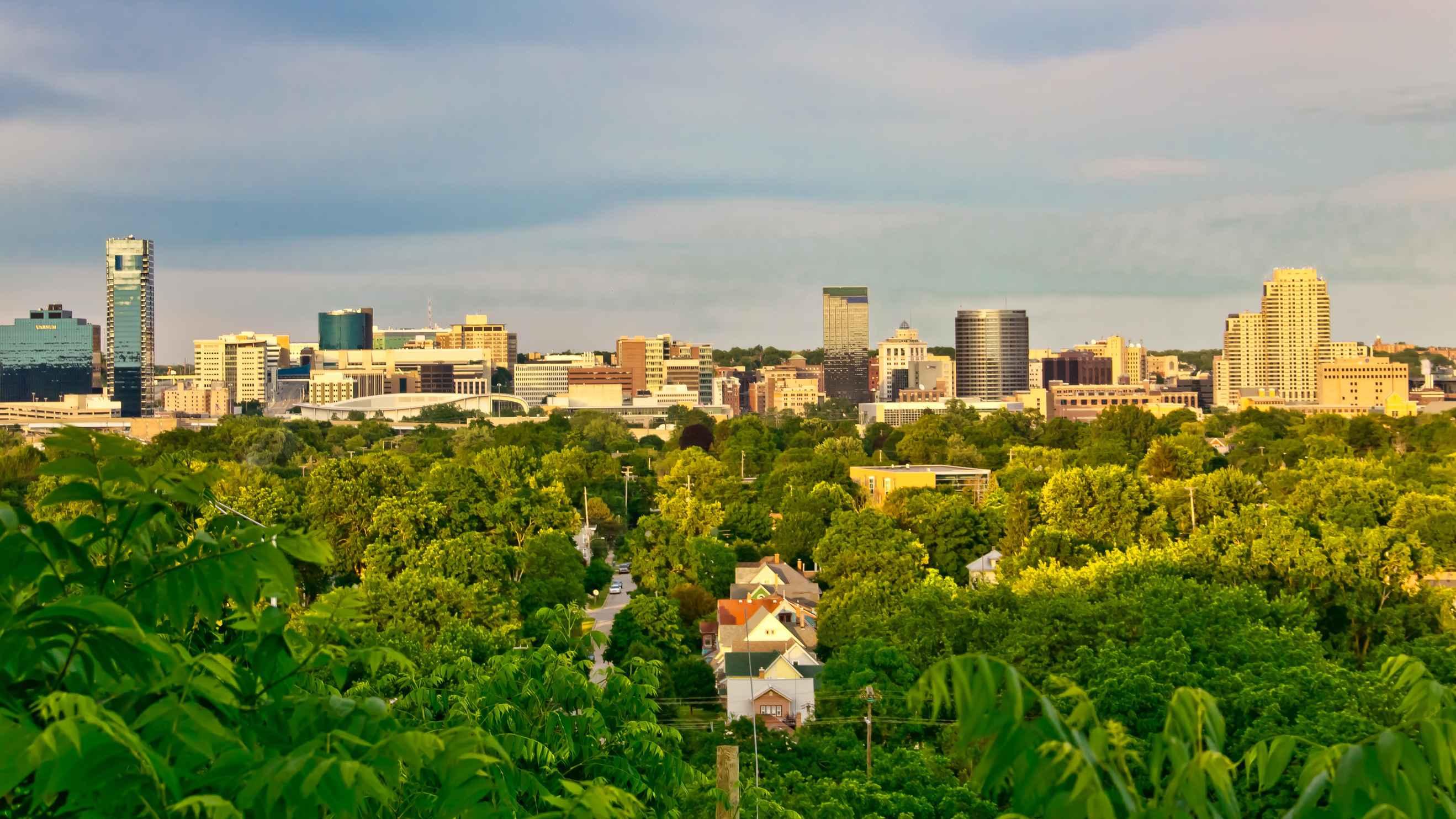 Grand Rapids Hotels Near Deltaplex Arena