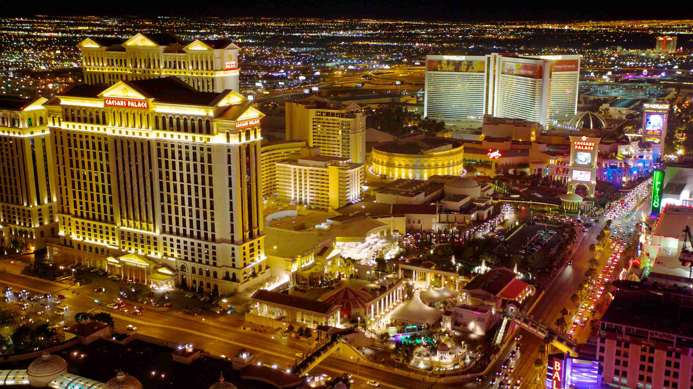 Las Vegas Strip Hotels Compare 645 In Expedia