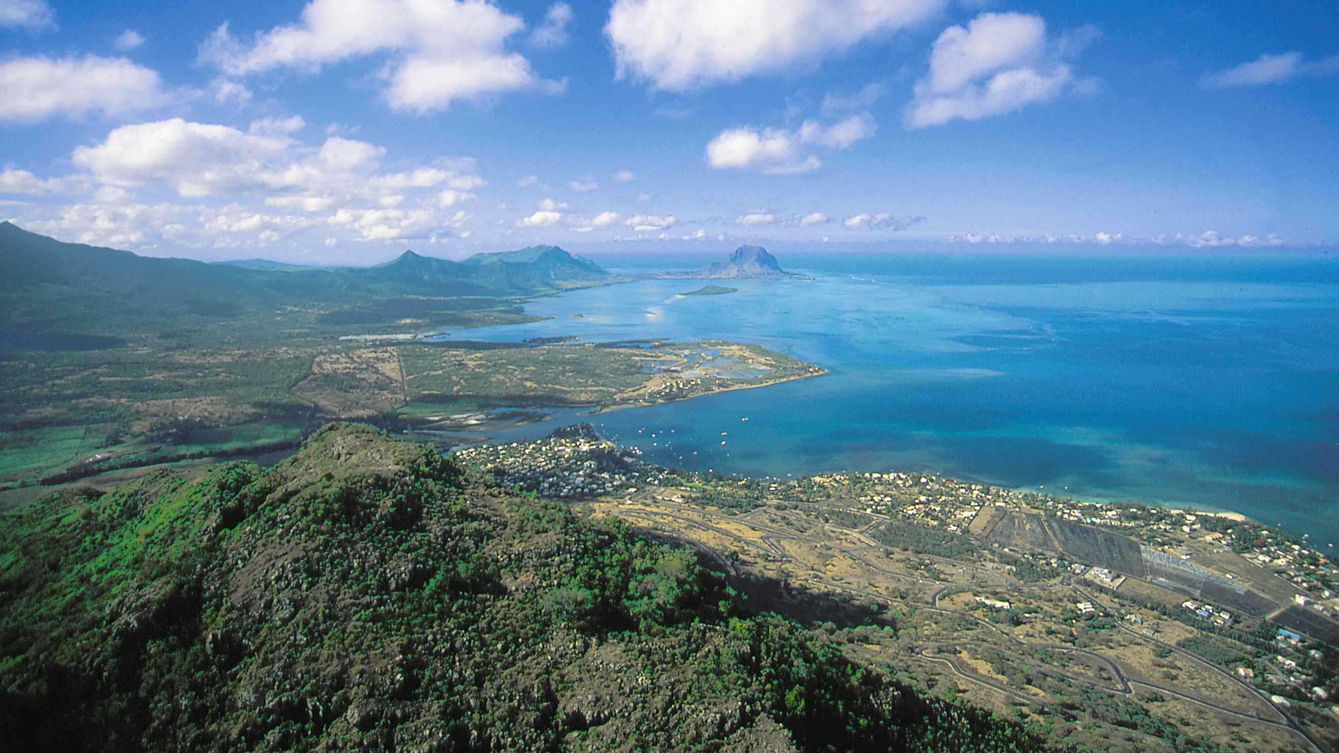 mauritius islands as a destination Mauritius officially the republic of mauritius (french: république de maurice), is  an island  mauritius received the world's leading island destination award for  the third time and world's best beach at the world travel awards in january.