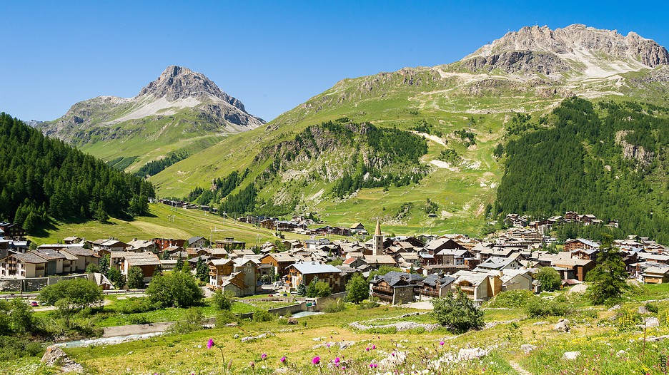 Val d 39 isere holidays book cheap holidays to val d 39 isere and val d 39 isere city breaks - Office du tourisme val d isere ...