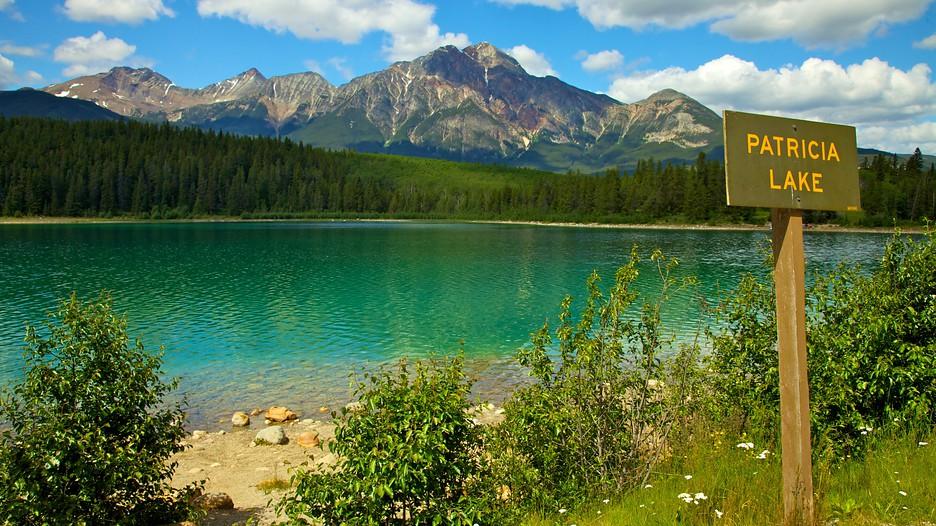 Patricia Lake In Jasper Alberta Expedia Ca