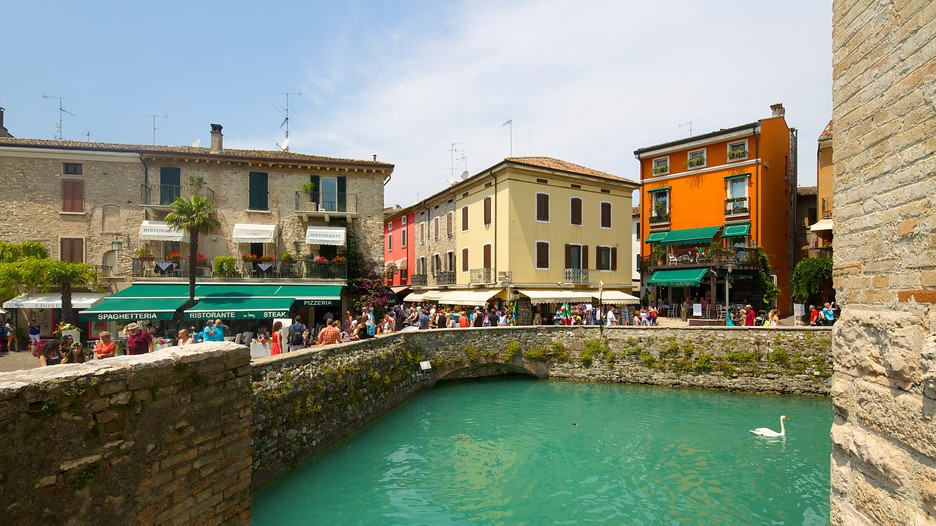 Sirmione holidays book cheap holidays to sirmione and for Cheap holiday cottages uk