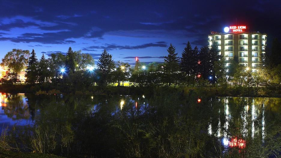 Idaho Falls Vacations 2017: Package & Save up to $603