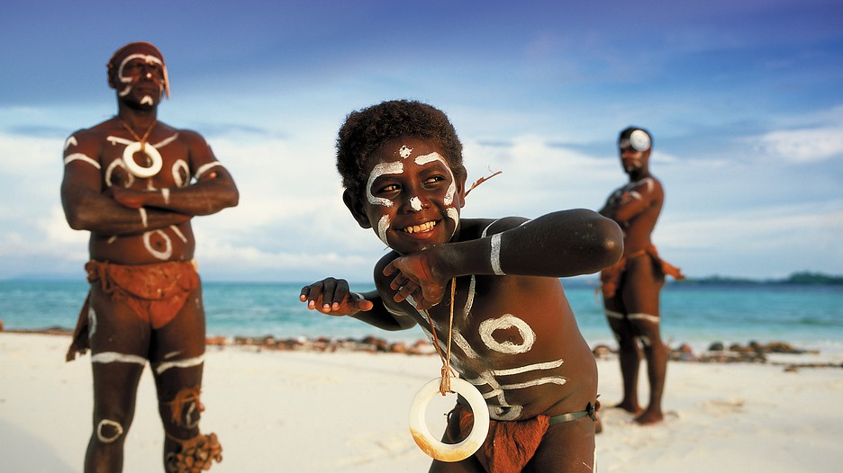 how to get to solomon islands from australia