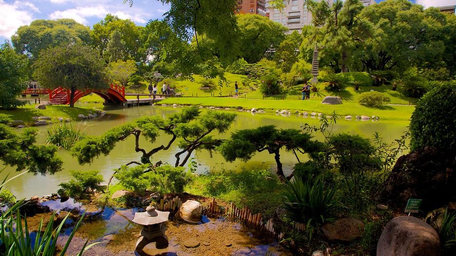 Japanese garden in buenos aires expedia for Casa de jardin mobile home park