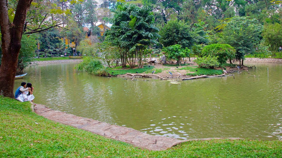 Saigon zoo and botanic garden in ho chi minh city Garden city zoo