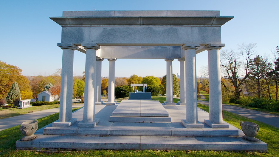 Crown Hill Funeral Home Cemetery
