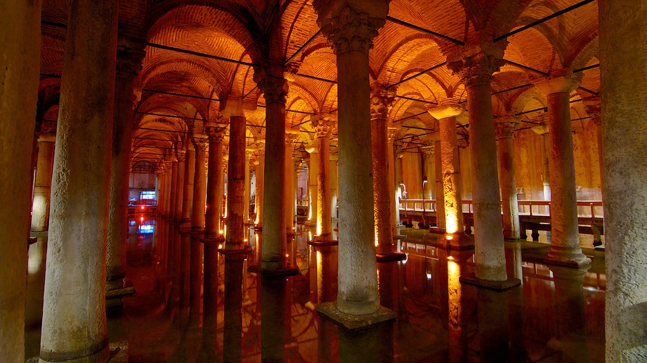 Basilica Cistern in Istanbul,  Expedia