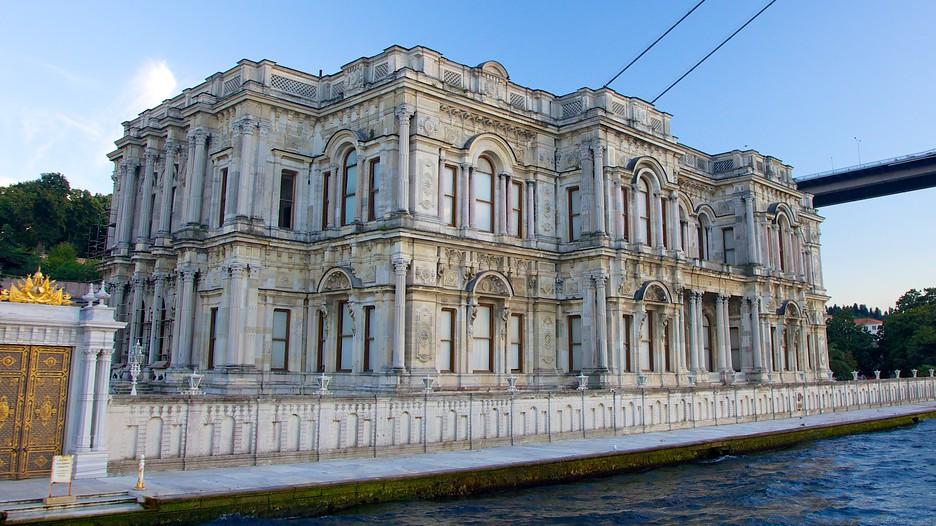 Beylerbeyi Palace in Istanbul,  Expedia