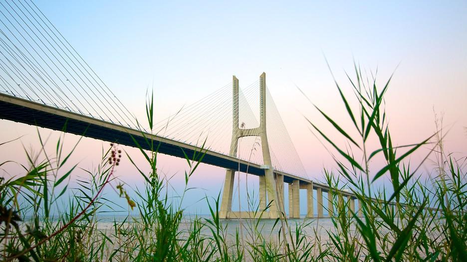 Vasco da Gama Bridge in Lisbon, | Expedia.ca