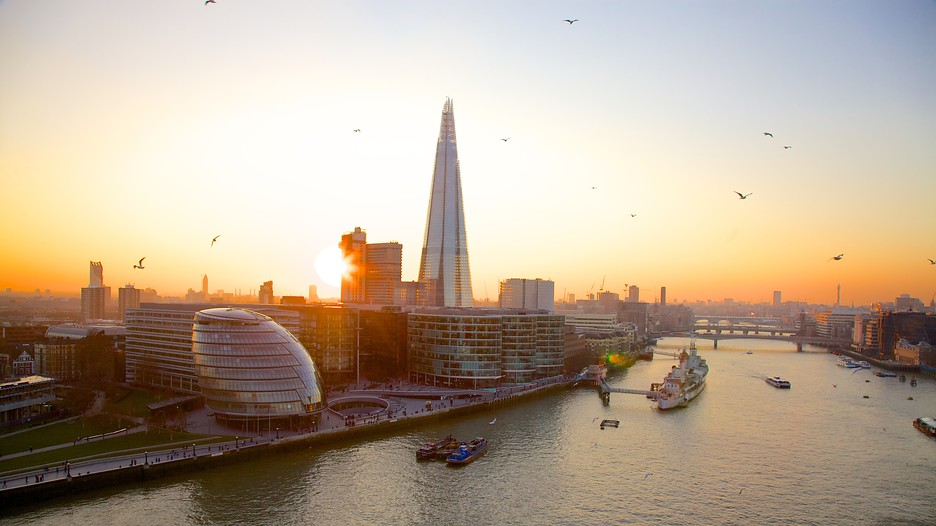 London Vacations 2017: Package & Save Up To $603