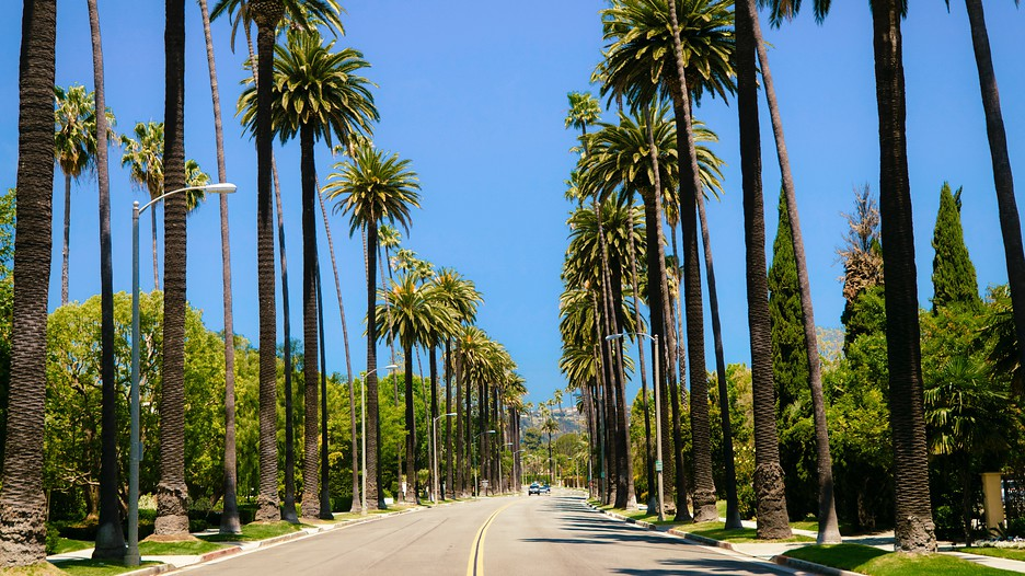 Los angeles holidays book packages in los angeles united for Last minute getaways from los angeles