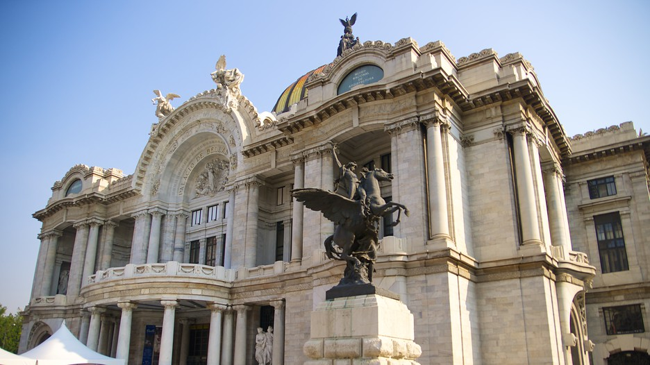 Palacio De Bellas Artes In Mexico City,