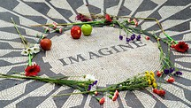 Strawberry Fields - John Lennon Memorial - New York