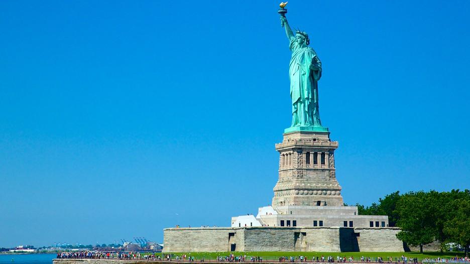 Statue Of Liberty In New York New York Expedia Ca