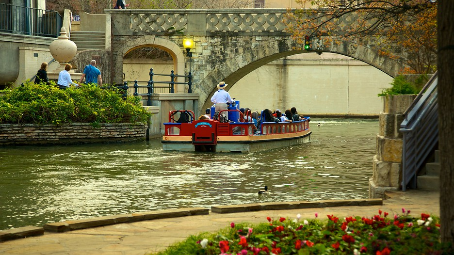 Downtown San Antonio Vacations 2017 Package Amp Save Up To