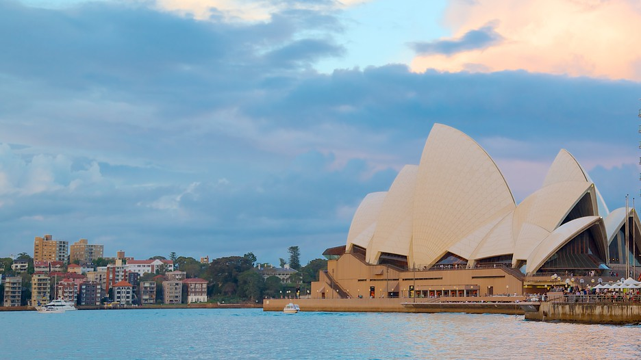 the sydney opera house tourism essay Free essay: project management: project failures sydney opera house contents introduction p3 history p3 – 4 stakeholders p4 – 7 stakeholder classification.