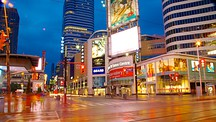 Yonge Street Shopping District - Toronto