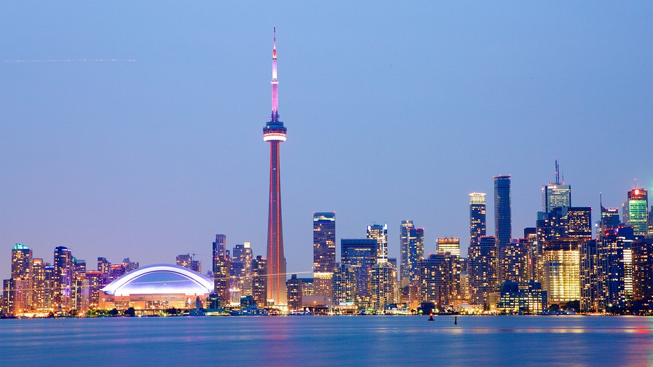 Toronto Ontario Vacations 2017: Package amp; Save Up to $500 on our