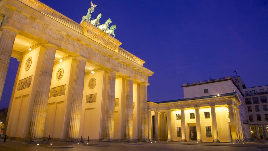 Brandenburg gate berlin attraction for Designhotel brandenburg