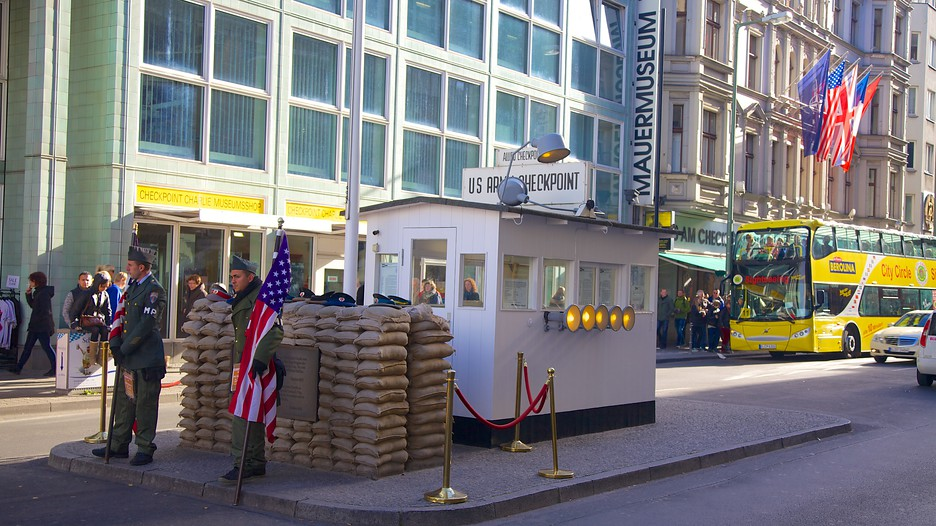checkpoint charlie museum berlin attraction. Black Bedroom Furniture Sets. Home Design Ideas