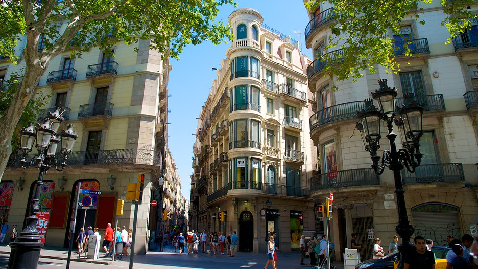 Las ramblas d couvrez barcelone avec for Ave hotel barcelona madrid