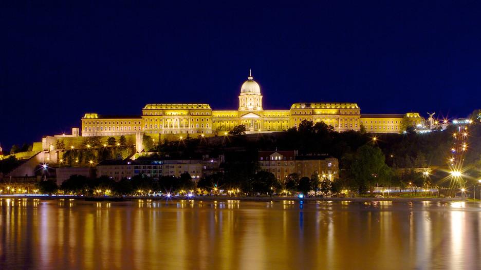 Budapest Casino Hotels - Book 2019 Hotel Deals & Discounts ...