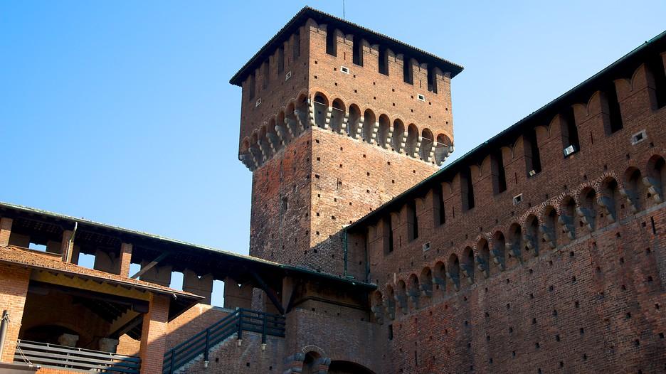 Imagini pentru castello sforzesco milano italia