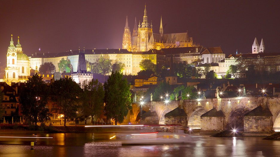Czech republic vacation packages find cheap vacations to for Medieval hotel prague