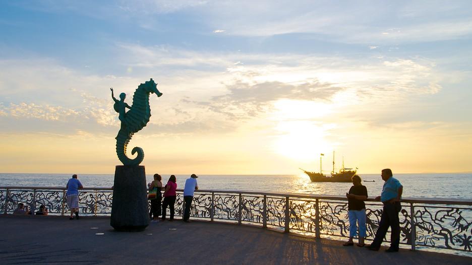 Malecón in Puerto Vallarta - Expedia.de