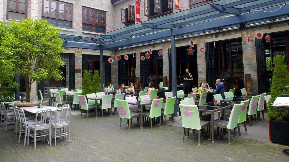xintiandi d couvrez shanghai avec. Black Bedroom Furniture Sets. Home Design Ideas