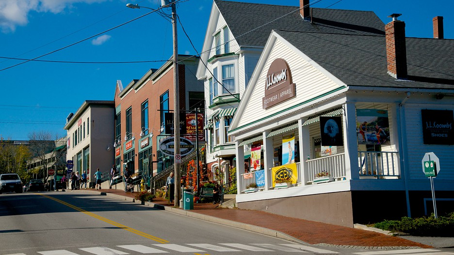 Freeport vacation packages book freeport trips travelocity for Maine home building packages