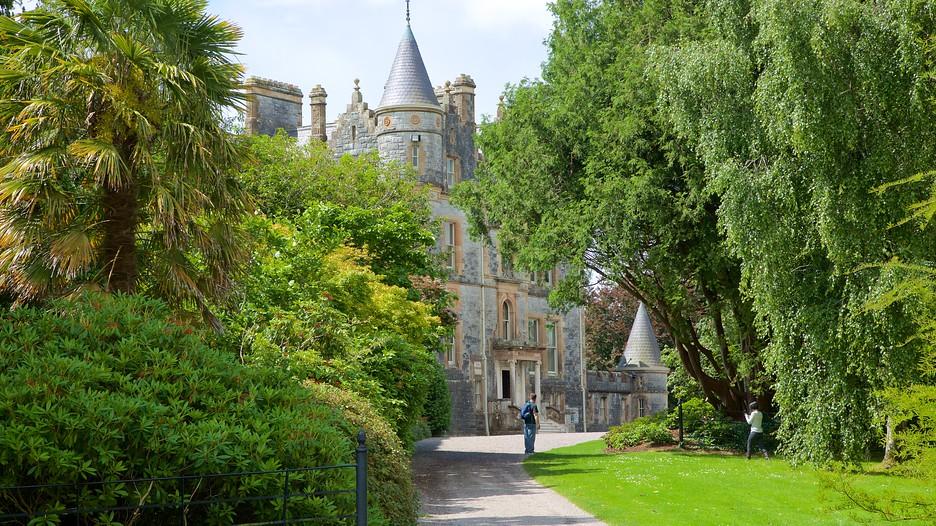 Blarney castle in blarney expedia for The blarney