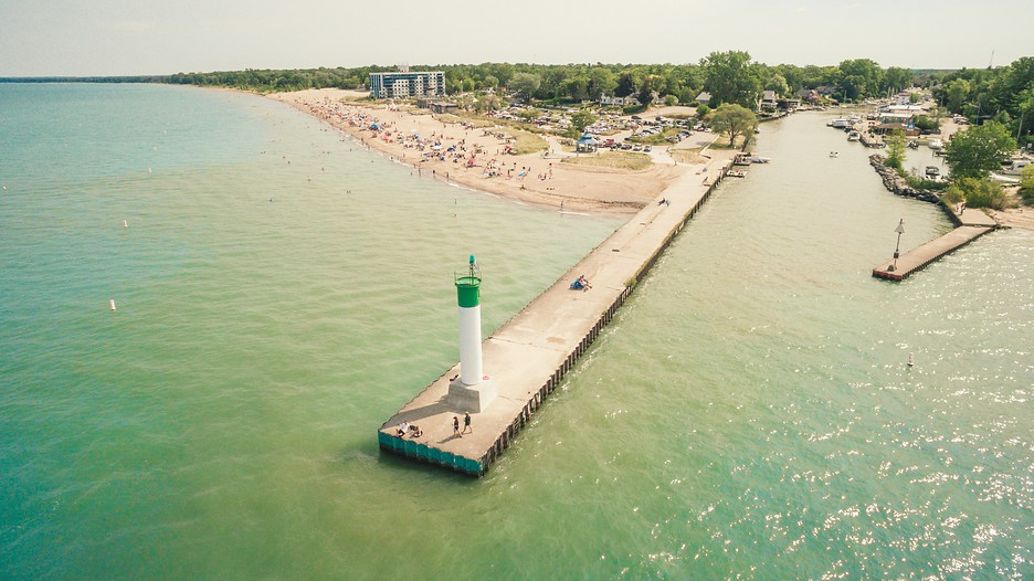 Grand bend vacations 2017 package save up to 603 for Canadian fishing trips cheap