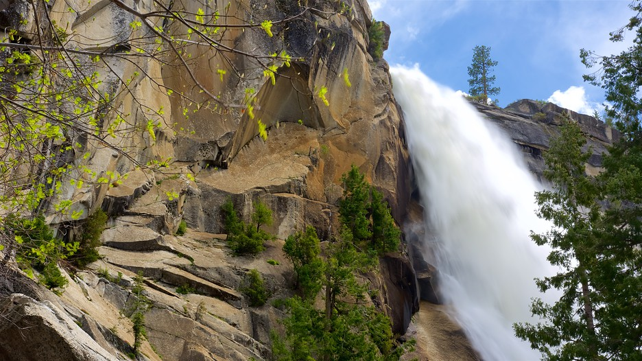 Nevada Fall In Yosemite National Park California Expedia