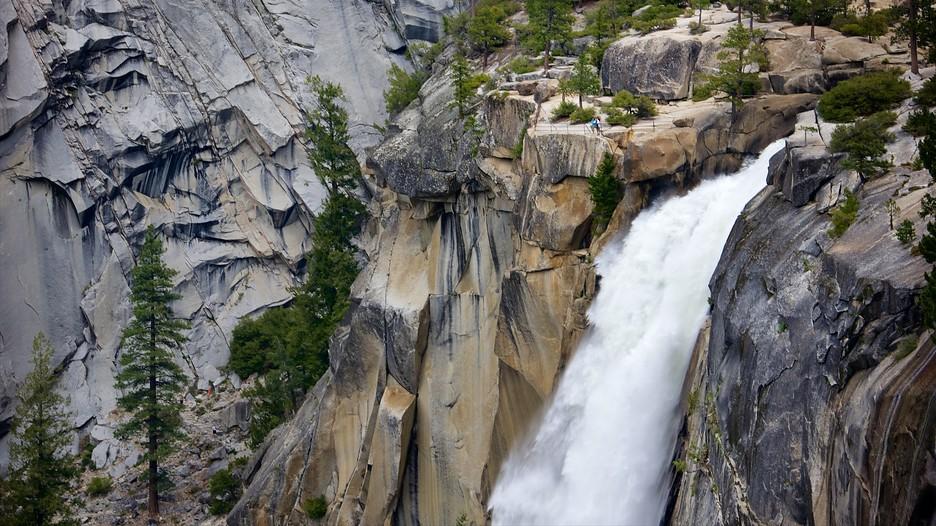 Nevada Fall In Yosemite National Park California Expedia