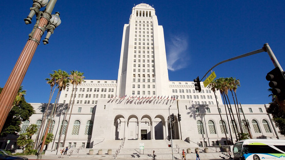 the city of los angeles essay More city, los angeles, quartz essay topics about the author mike davis is a well-known social critique who is fond of making comparisons between the.
