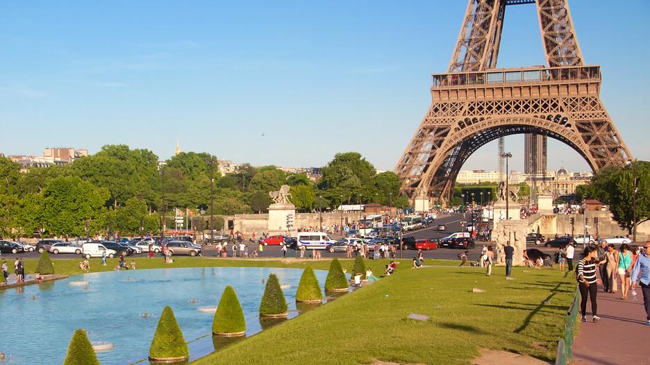 Eiffel Tower Paris Attraction Expedia Com Au