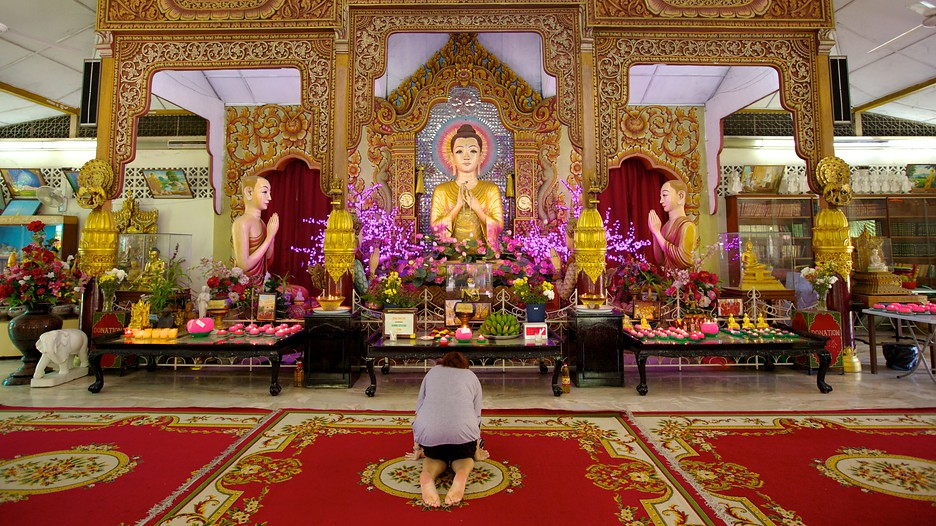 how to join a buddhist temple