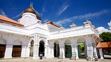 Showing item 12 of 22. Kapitan Keling Mosque - Penang - Tourism Media